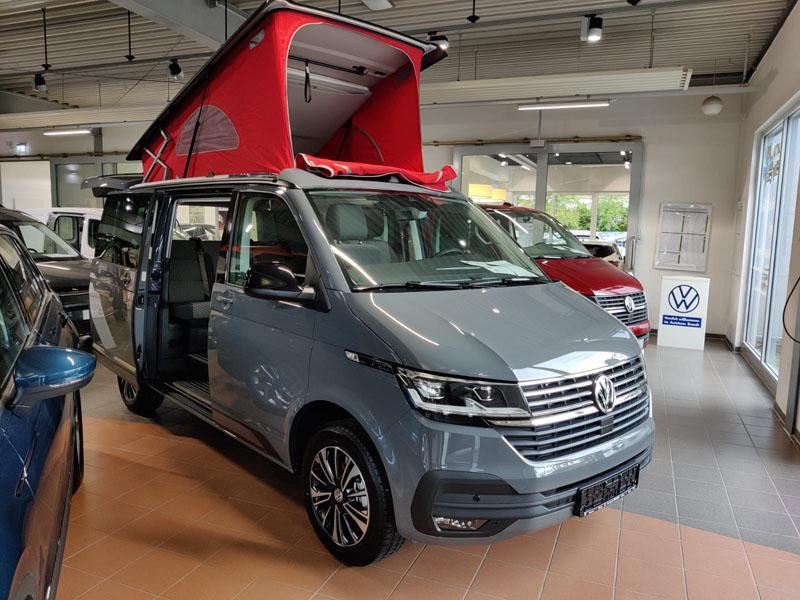 Fertig zum Losfahren: der Volkswagen California steht für alle Abenteuer bereit