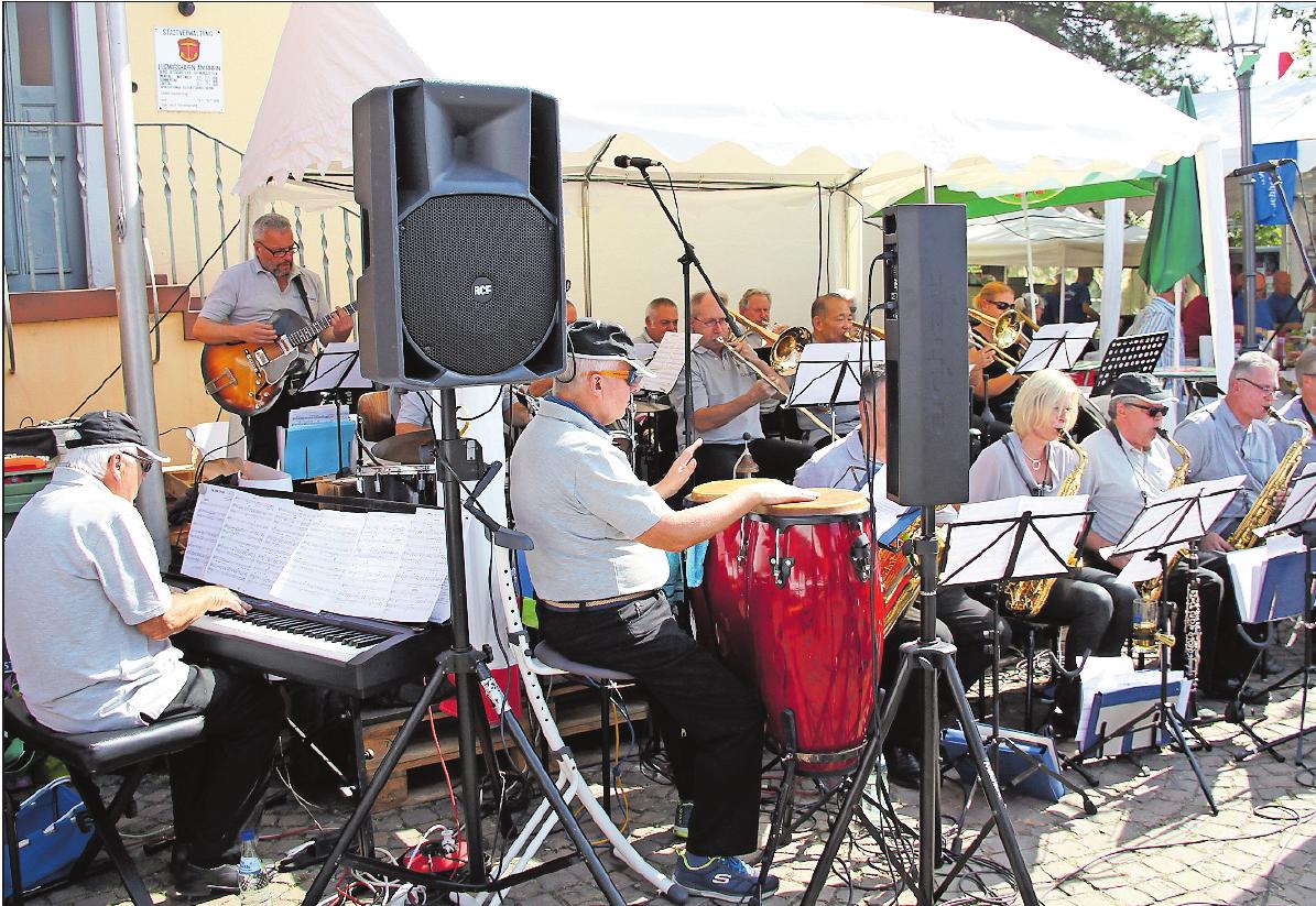 Spielt zum Frühschoppen am Sonntag: die TC Big Band.FOTO: DITTMANN/FREI