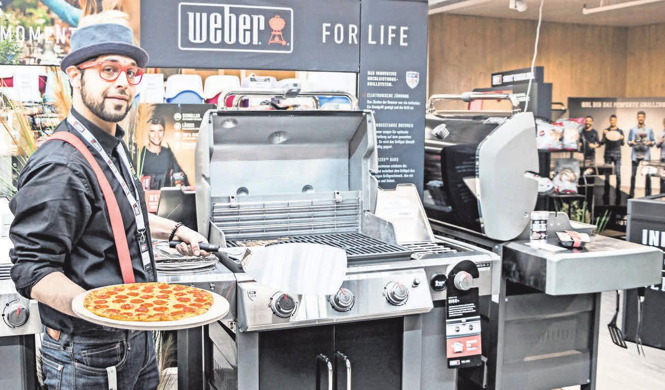 VIELFALT: In der eigenen Weber-Grill-Abteilung erwartet die Besucher eine große Auswahl an Grills und Zubehör. Nicolas Willimek
