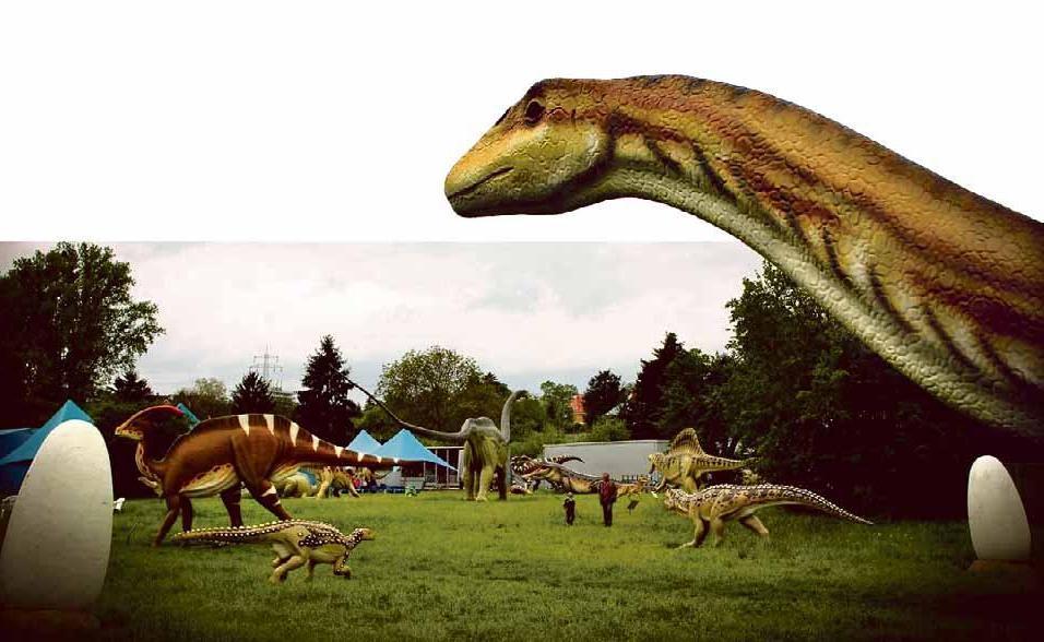 In der riesigen Dino-Ausstellung mit Ausgrabungscamp werden Kinder zu echten Archäologen. Foto: Charles Knie