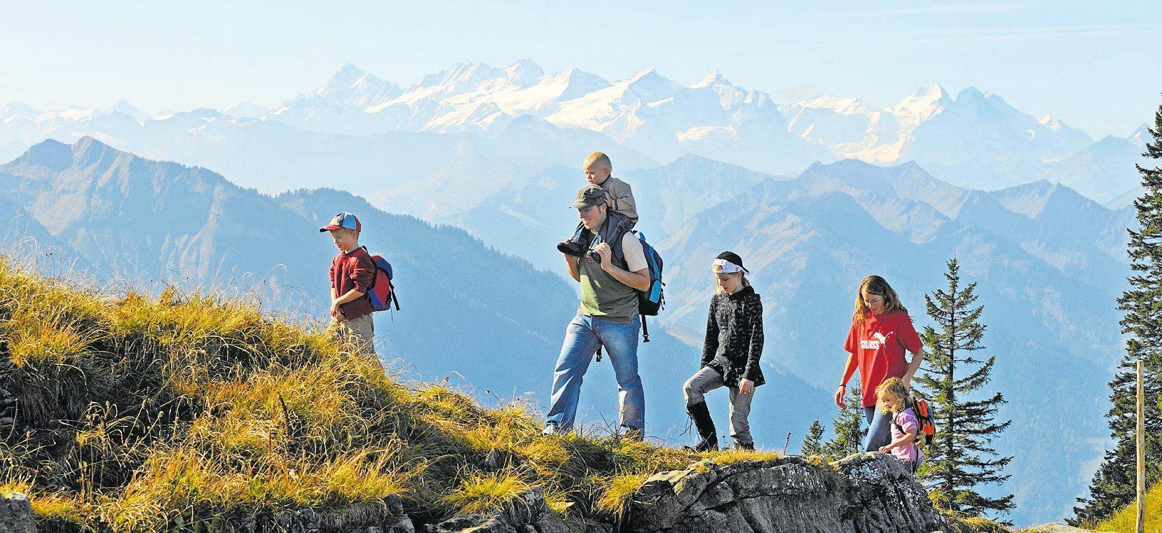Ein Herbstausflug auf das Stanserhorn ist für die ganze Familie ein Erlebnis. Bild: PD