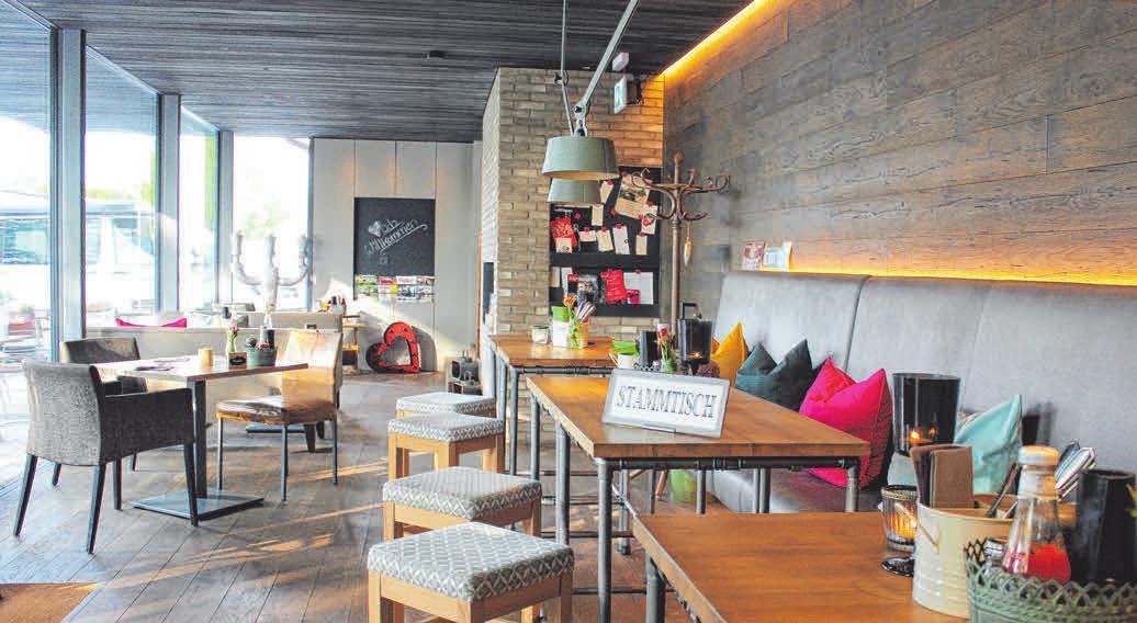 Einladend: In der neuen Café-Bar verweilen Gäste gerne.