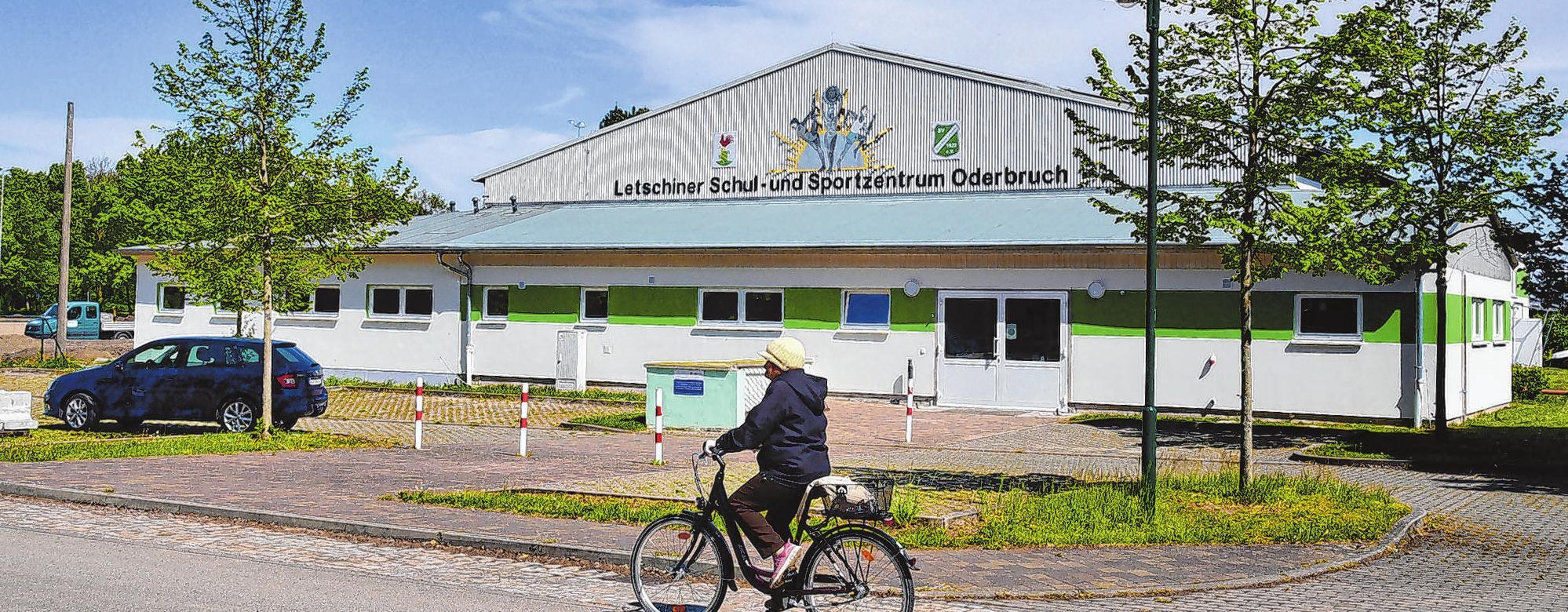 Wurde umfangreich saniert: das Letschiner Schul- und Sportzentrum Oderbruch