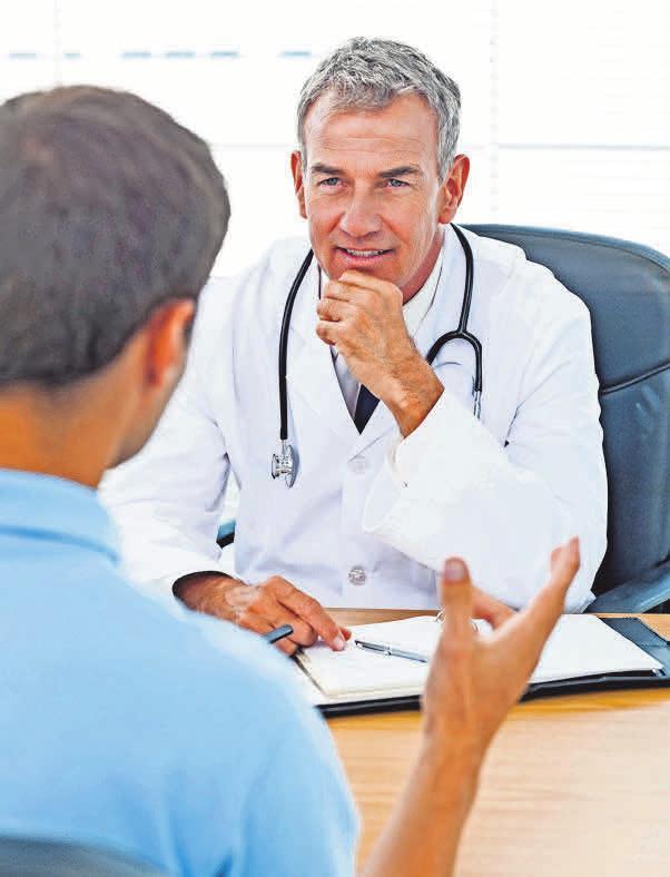 Das Internet kann ein Gespräch mit dem Arzt nicht ersetzen. Foto: iStockphoto