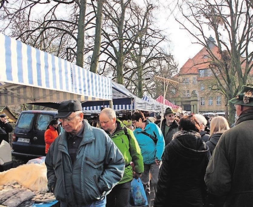 Angebote soweit das Auge reicht. Mit dem Besuch des Kalten Marktes ist man für jede Situation gerüstet.