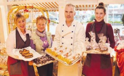 Das Team der Bäckerei Saß mit selbst gemachten Leckereien