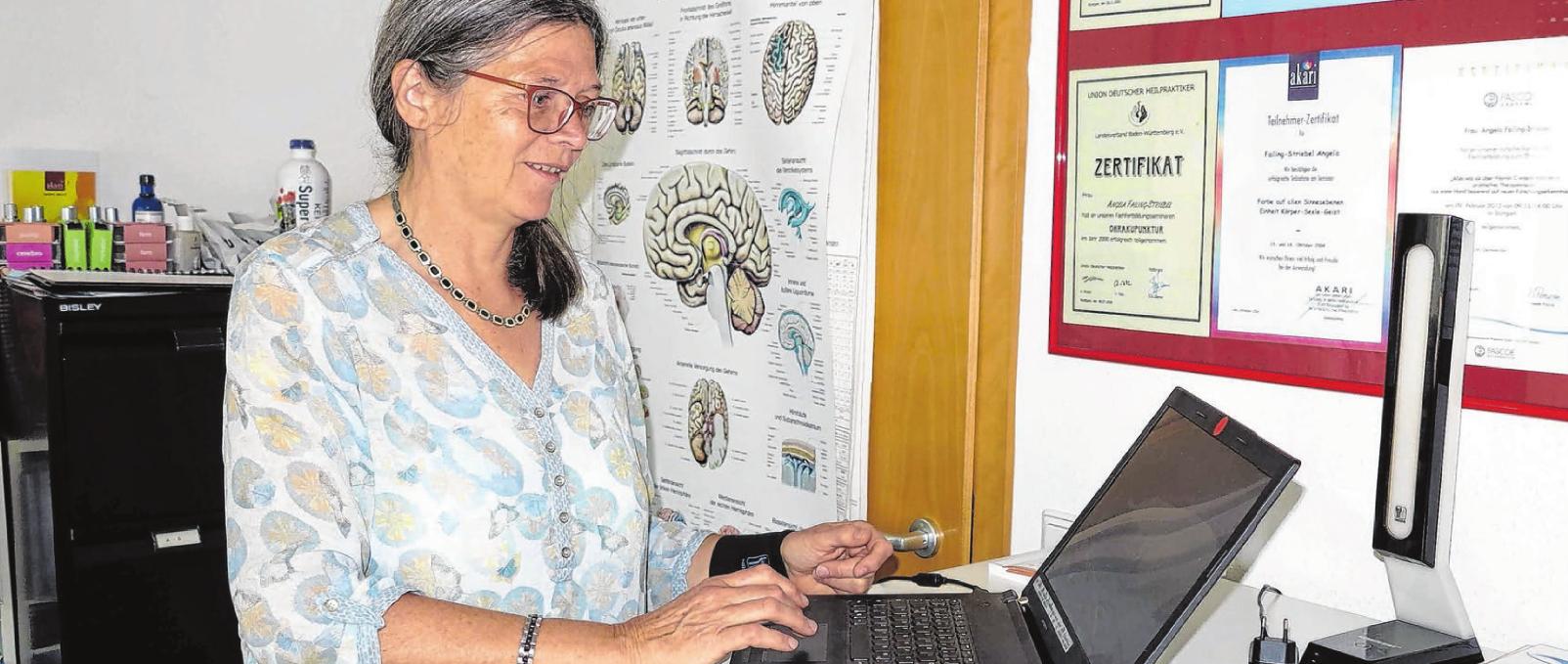 Angela Failing-Striebel gibt Kurse zu homöopathischen Themen bei Vhs und Landfrauen. Foto: M. Autenrieth-Kronenthaler.