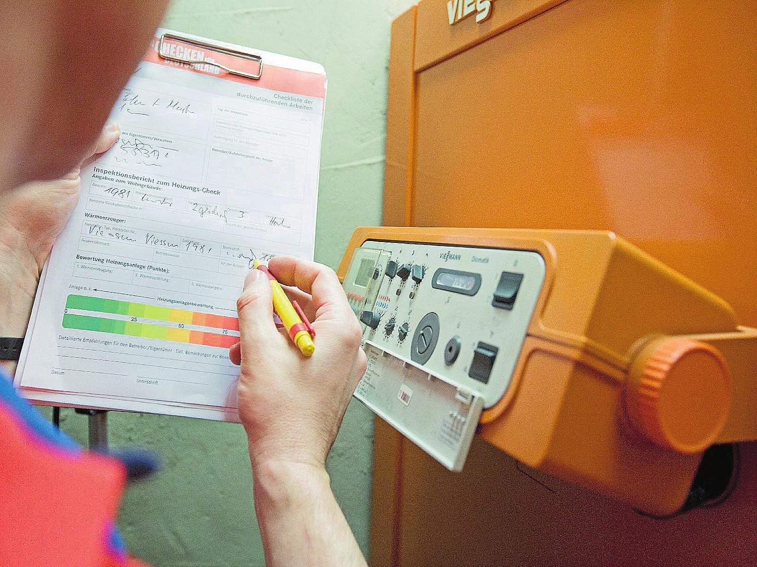 Wie bei einer Ampel: Das Protokoll des Heizungs-Checks macht deutlich, ob das Ergebnis im grünen, gelben oder roten Bereich liegt.