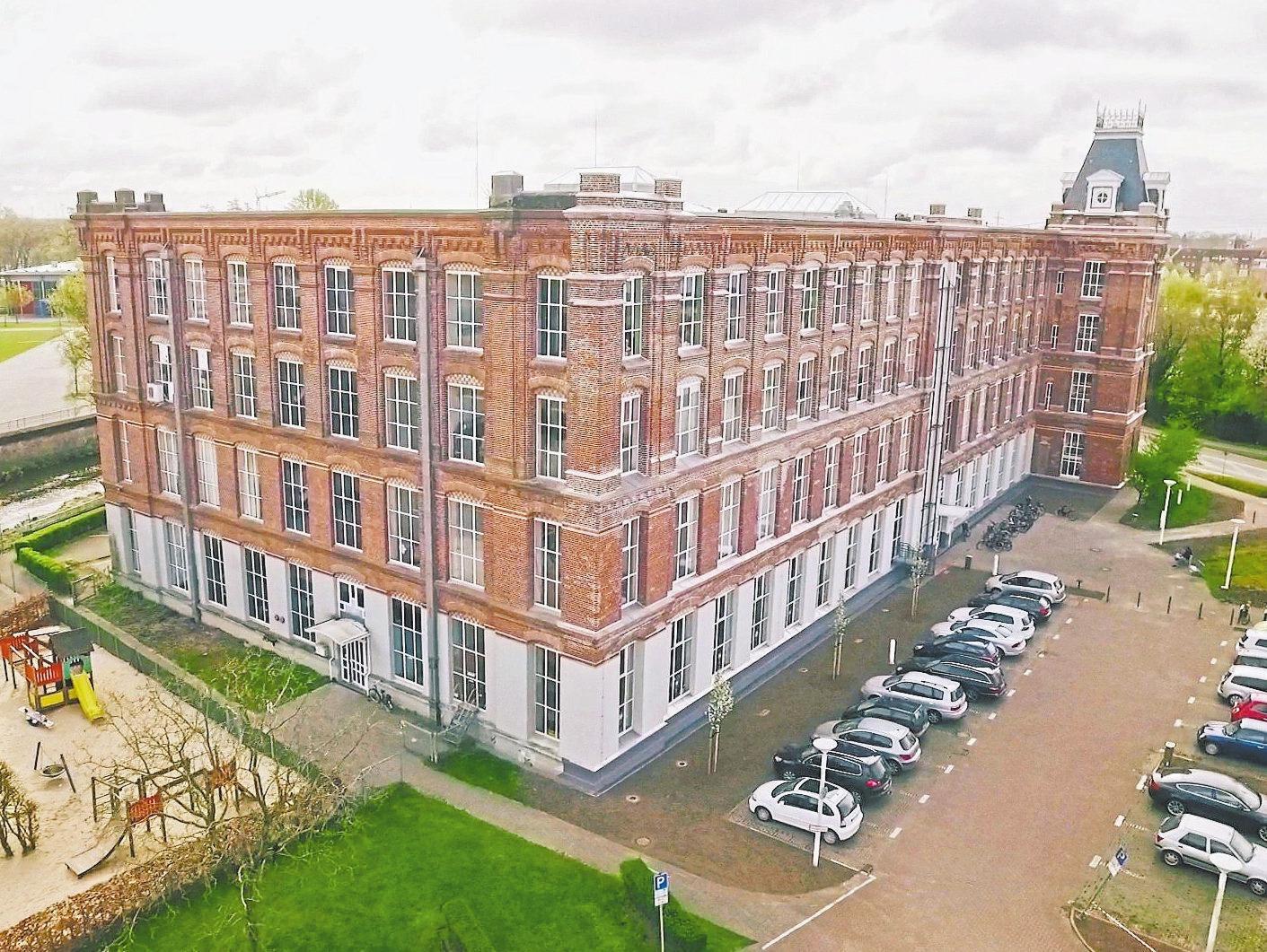 Altes Gebäude in neuem Glanz Image 1