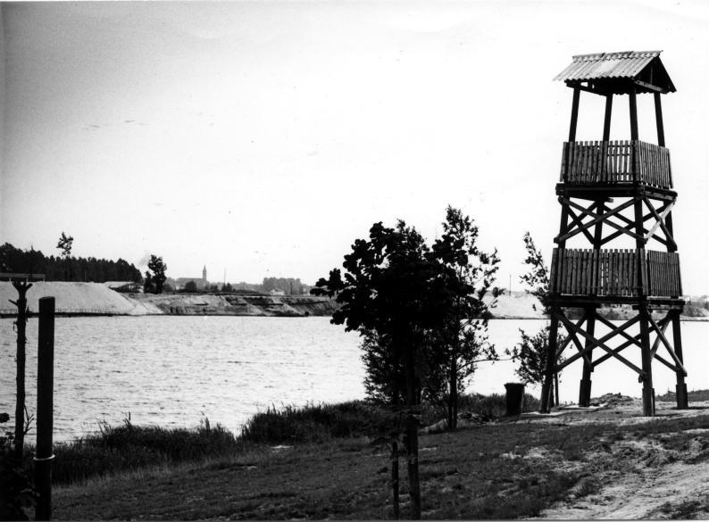 Die Schlicht mit DLRG-Wachturm 1978.