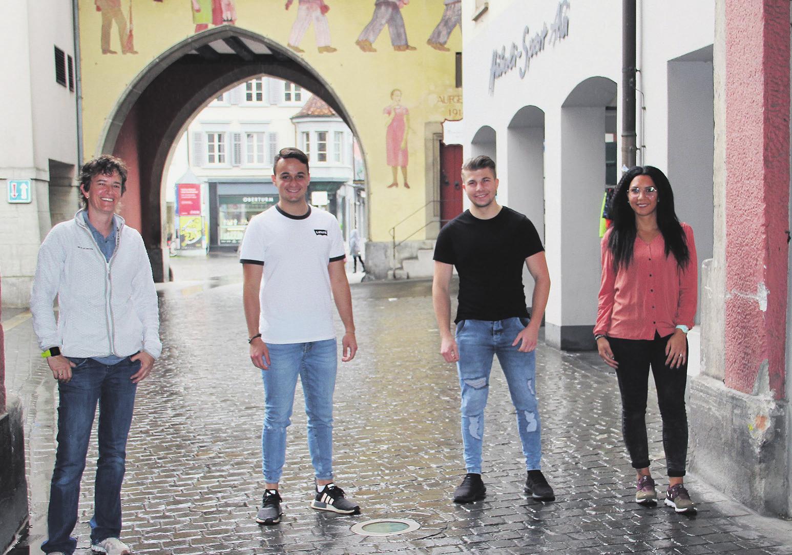 Ein kompetentes Team: Gaby Bürge (von links), Alessandro Grimaldi, Kevin Schumacher, Clarissa Bello. Es fehlen Beat Häberli und Carol Deubelbeiss.