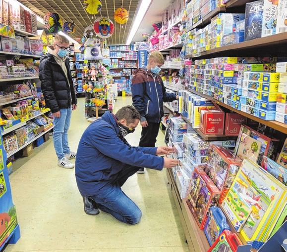 Late-Night-Shopping im Spielwarenladen Metzger. Foto: Barbara Hinzpeter