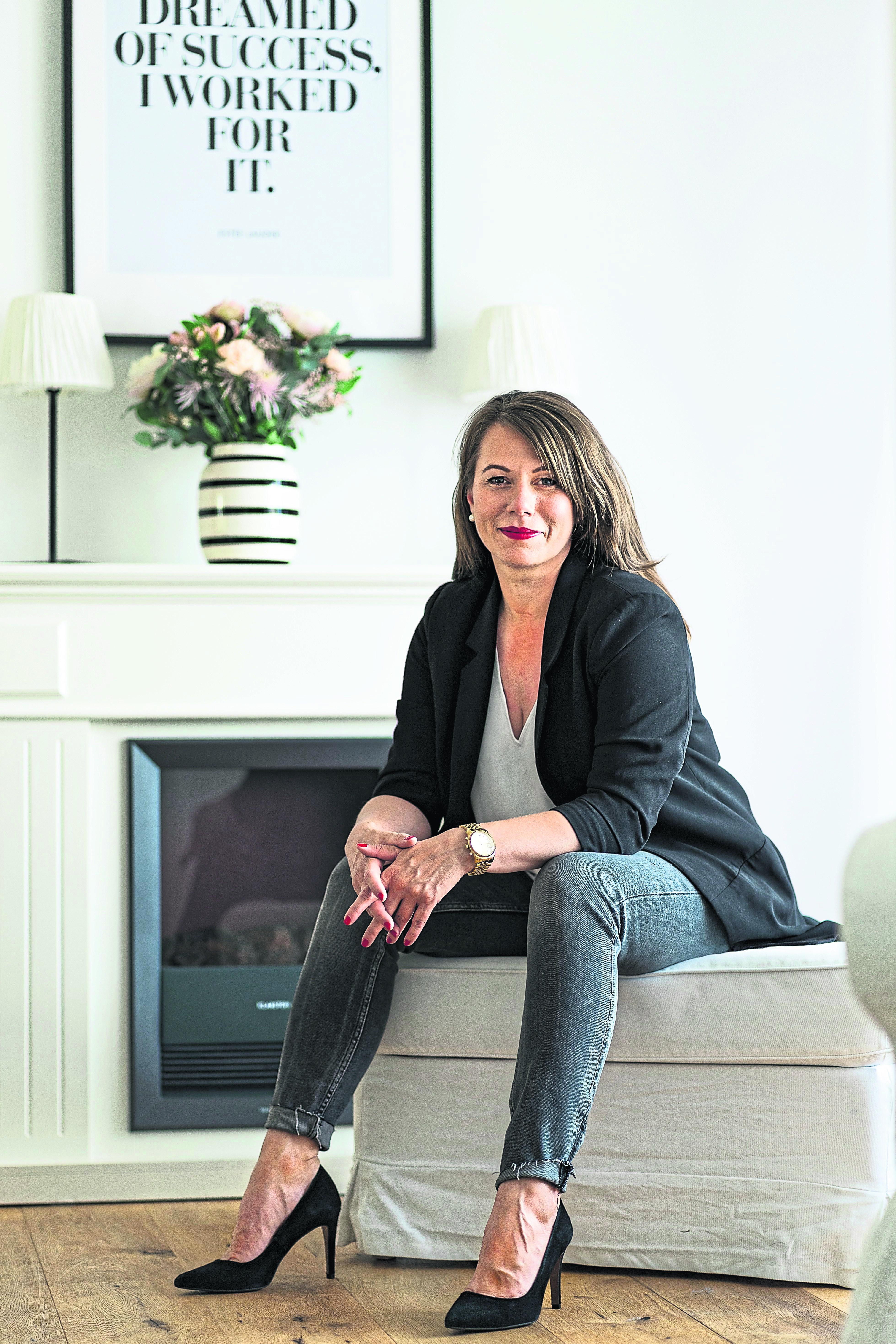 Carina Dingel wagte den Schritt in die Selbstständigkeit als Vermögensberaterin und wurde für ihren Mut belohnt.