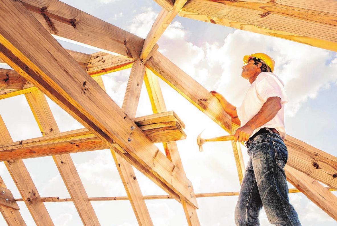 Ohne Holz und Ziegel läuft beim Hausbau nichts. Foto: sculpies/Shutterstock.com