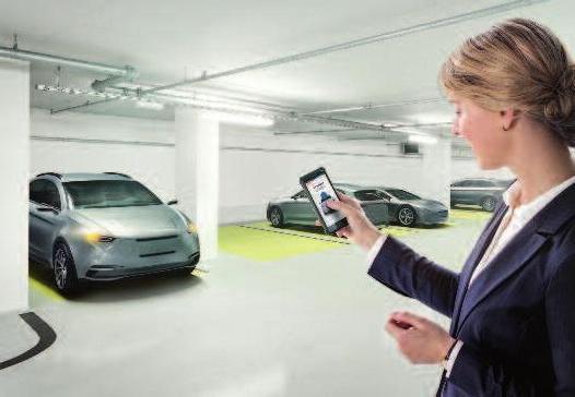 Im Auto fest verbaute Sensoren erkennen das Smartphone des Besitzers so sicher wie einen Fingerabdruck und öffnen das Fahrzeug nur für ihn. Foto: Bosch