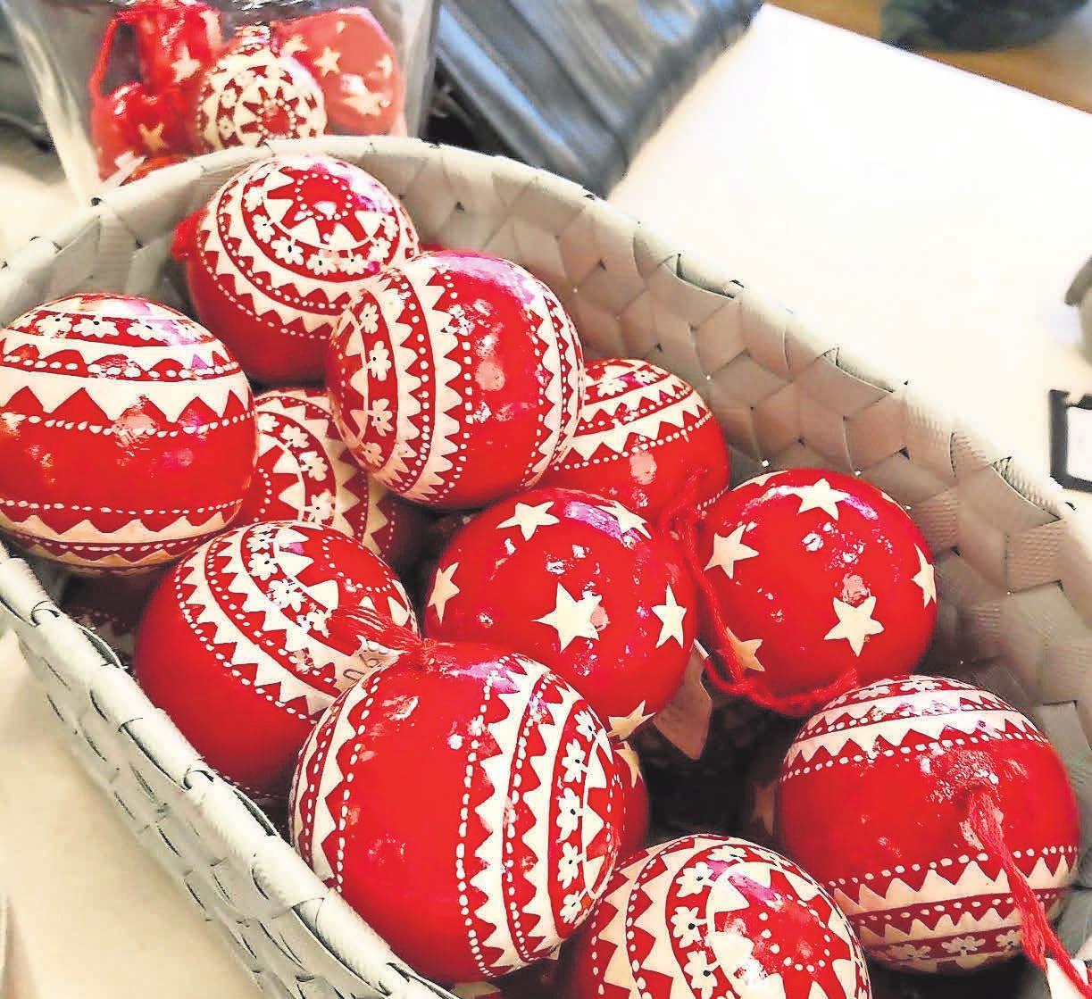 Wunderschöne Advents- und Weihnachtsaccessoires finden sich bei Lykkelig bei Elektro-Andresen.