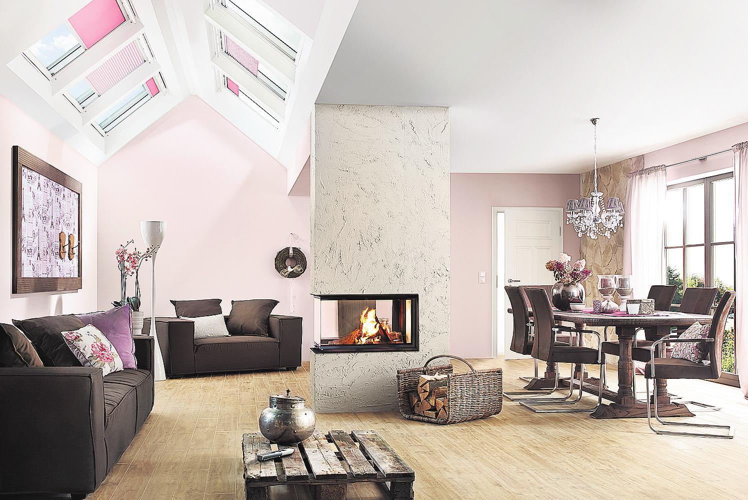 Ein moderner Kamin oder Ofen passt sich seiner Umgebung sehr gut an. FOTO: PR
