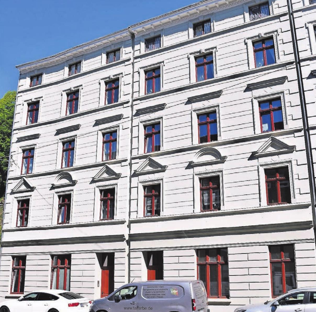 Glänzen wieder in neuem (alten) Glanz: die sanierten Häuser an der Friedrich-Ebert-Straße 290 -292 in Elberfeld.