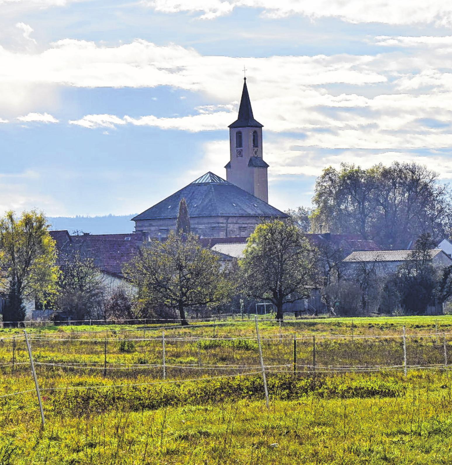 Die Sankt-Andreas-Kirche ist der Mittelpunkt der Gemeinde Wonfurt, die am kommenden Wochenende Kirchweih feiert.