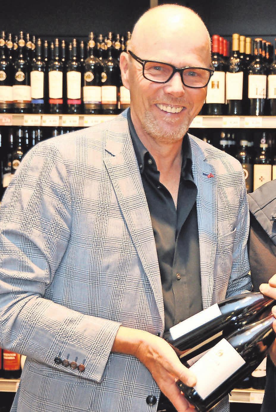 Auch Inhaber Stefan Ladage schätzt einen guten Wein.