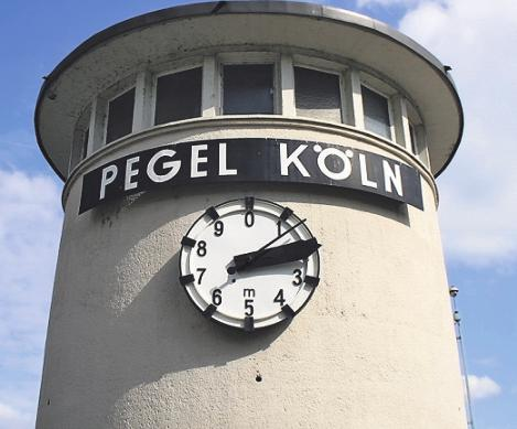 Vor drei Jahren gab es in Köln Niedrigwasserrekord. Bild: pizzicati/stock.adobe.com