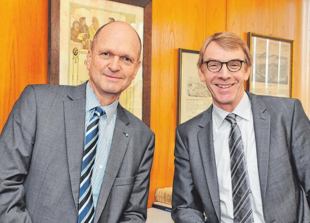 Dr. Joachim Eisert, Hauptgeschäftsführer der Handwerkskammer Reutlingen, und Harald Herrmann, Präsident der Handwerkskammer Reutlingen. FOTO: HANDWERKSKAMMER