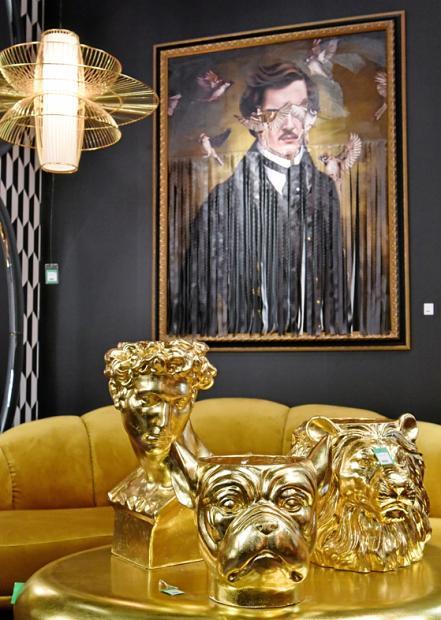 Einzelne opulente oder farbintensive Stücke genügen, um den langjährigen Hyggestil aufzumöbeln. FOTOS: THOMAS KLERX / KOELNMESSE GMBH