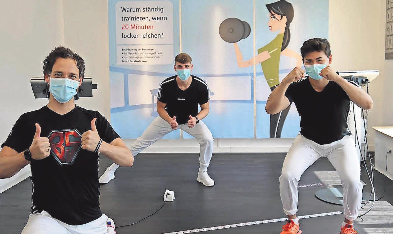 Neustart: Axel Kienast (von links) und seine Mitarbeiter Jan Schwarz und Jannik Xu stehen wieder mit vollem Einsatz für Bodystreet-Kunden bereit.