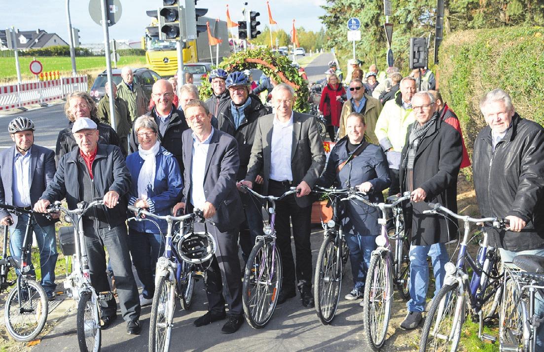 Zwischen Hehlingen und Almke wurde kürzlich die neue Radwegeverbindung eingeweiht. Der Weg ist 5,5 Kilometer lang und war in einem Jahr gebaut worden.