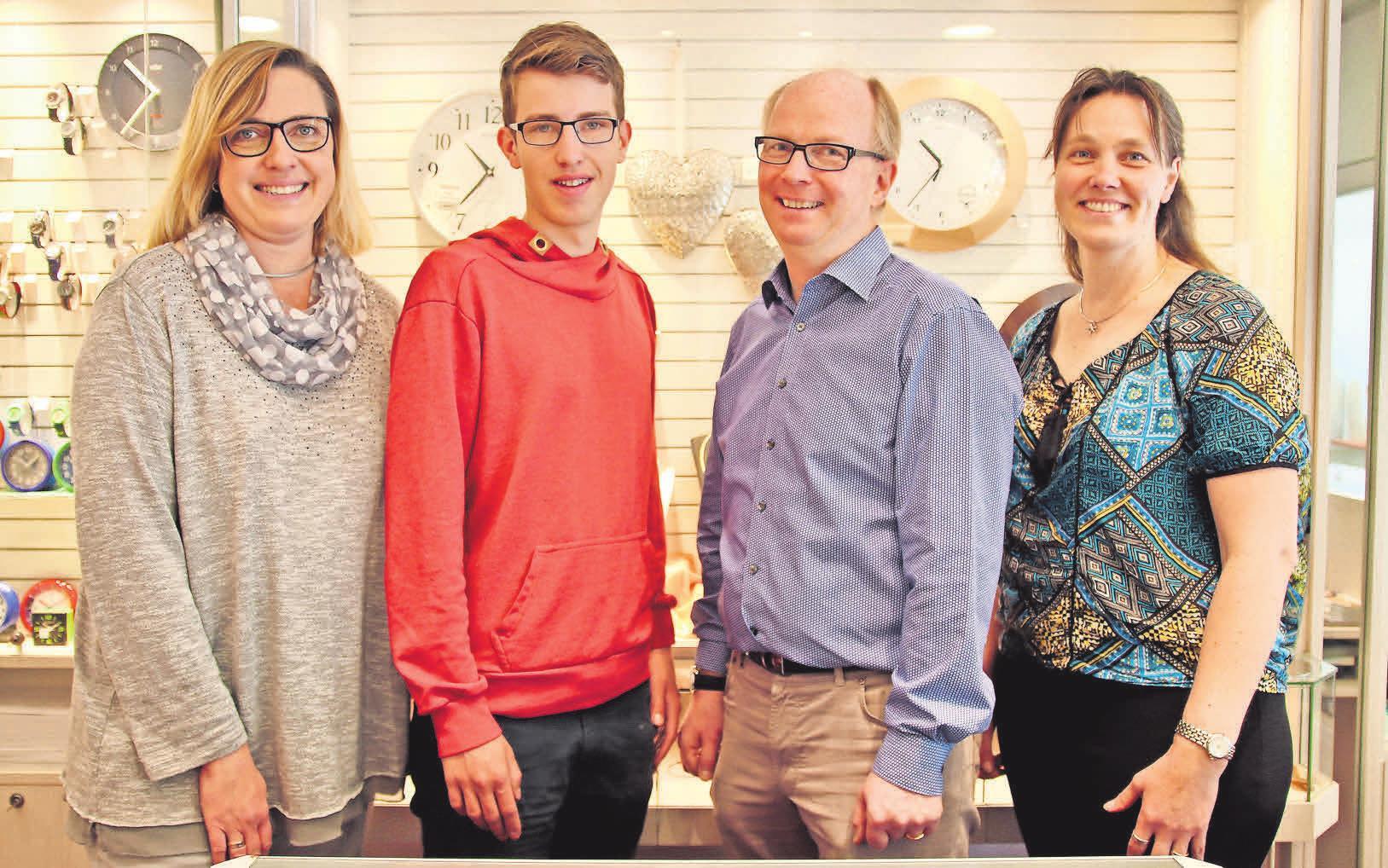 Das Team von Juwelier Witte berät mit viel Leidenschaft, wenn es um Schmuck und Uhren geht.