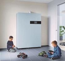 Eine Energiezentrale fürs Eigenheim, kaum größer als ein Kühlschrank: Brennstoffzellenheizungen produzieren emissionsarmgleichzeitig Strom und Wärme. FOTO: DJD/ZUKUNFT ERDGAS E.V./VIESSMANNWERKE