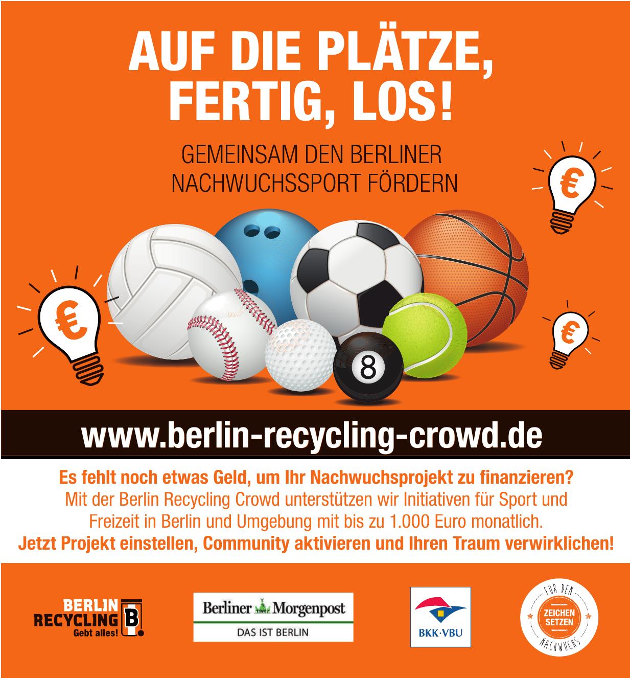 Berlin Recycling Crowd