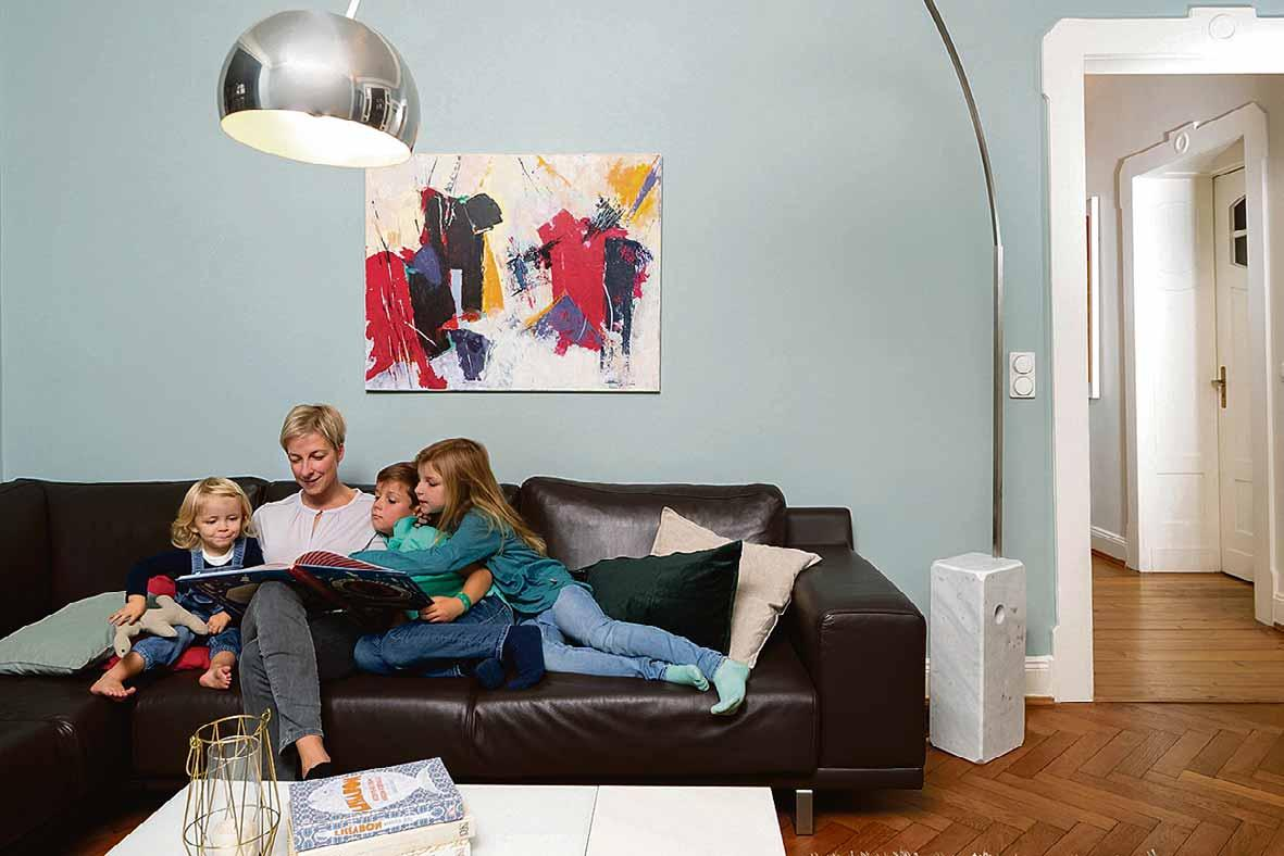 Farbkonzept zum Wohlfühlen – dank des durchdachten Farbkonzepts fühlt sich die ganze Familie im neuen Zuhause rundum wohl. Foto: Alexandra Lechner/Caparol Farben Lacke Bautenschutz/akz-o