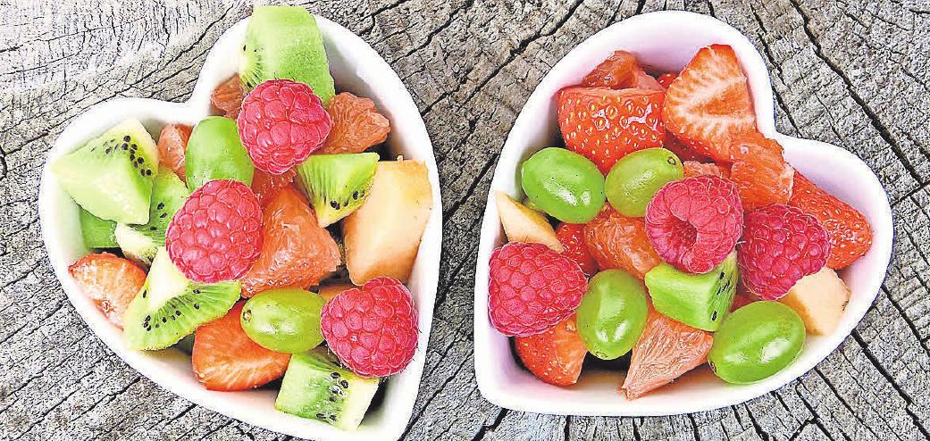 Obst ist als Nachspeise oder zum Frühstück am Bett ideal. Foto: pixabay