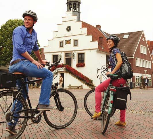 Historisches Rathaus und Marktplatz in Lingen. Foto: Emsland Tourismus GmbH