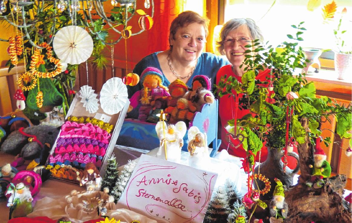 Die Waren von Annis und Gabis Sternenalle gibt es am Kunsthandwerkermarkt zu bestaunen und zu kaufen.FOTO: HACHEM FARMAND
