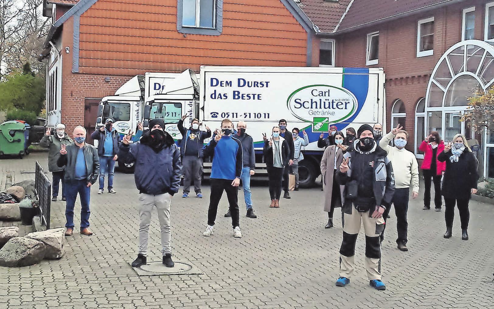 Das Team des Getränkefachgroßhandels Carl Schlüter hofft auf eine baldige Normalisierung der Corona-Situation.