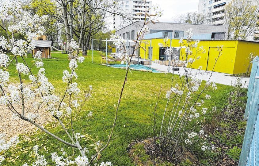 Die Neubauten punkten auch mit viel Grün im Außenbereich, wie hier in der Aachener Straße.