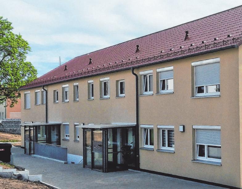 Seit Frühjahr 2020 wird das Mehrfamilienhaus im Kolpingweg in Ellwangen mit insgesamt acht Mietwohnungen grundlegend saniert und modernisiert.