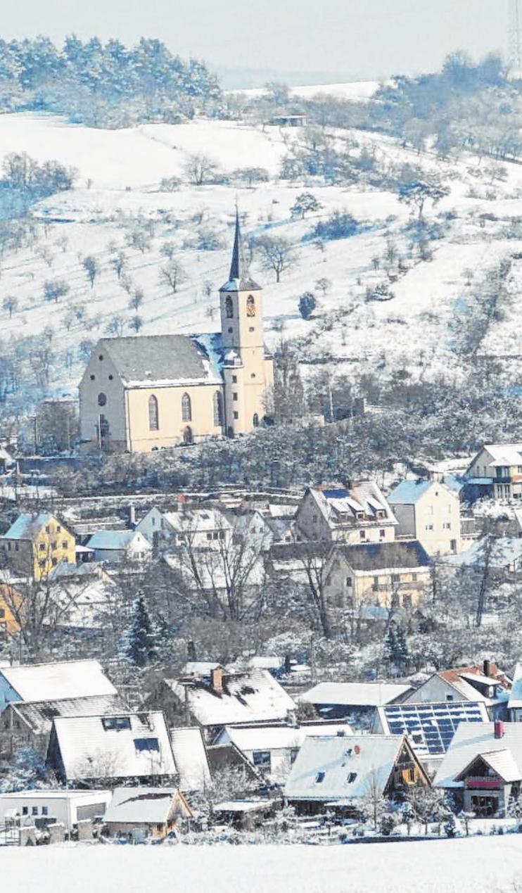 Eußenheim erstrahlt in Weiß. Fotos: Peter Pillich