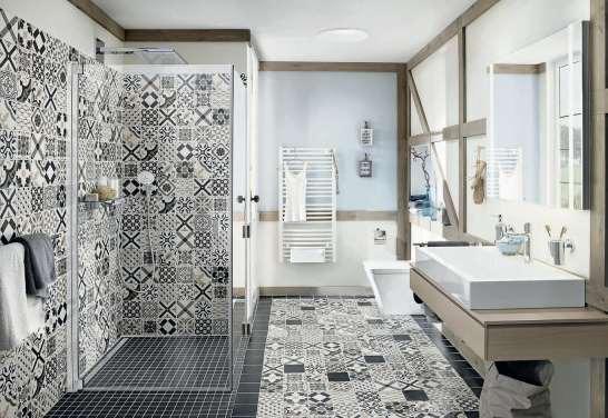 Bei Neubau oder Renovierung des Badezimmers fällt sehr häufig die Wahl auf eine offen zugängliche Walk-in-Dusche. Ist es doch zu unkuschelig, weil man den warmen Wasserdampf gewöhnt ist, kann bei manchen Modellen nachträglich eine Pendeltür eingebaut werden (hier von Kermi). Foto: Kermi /akz