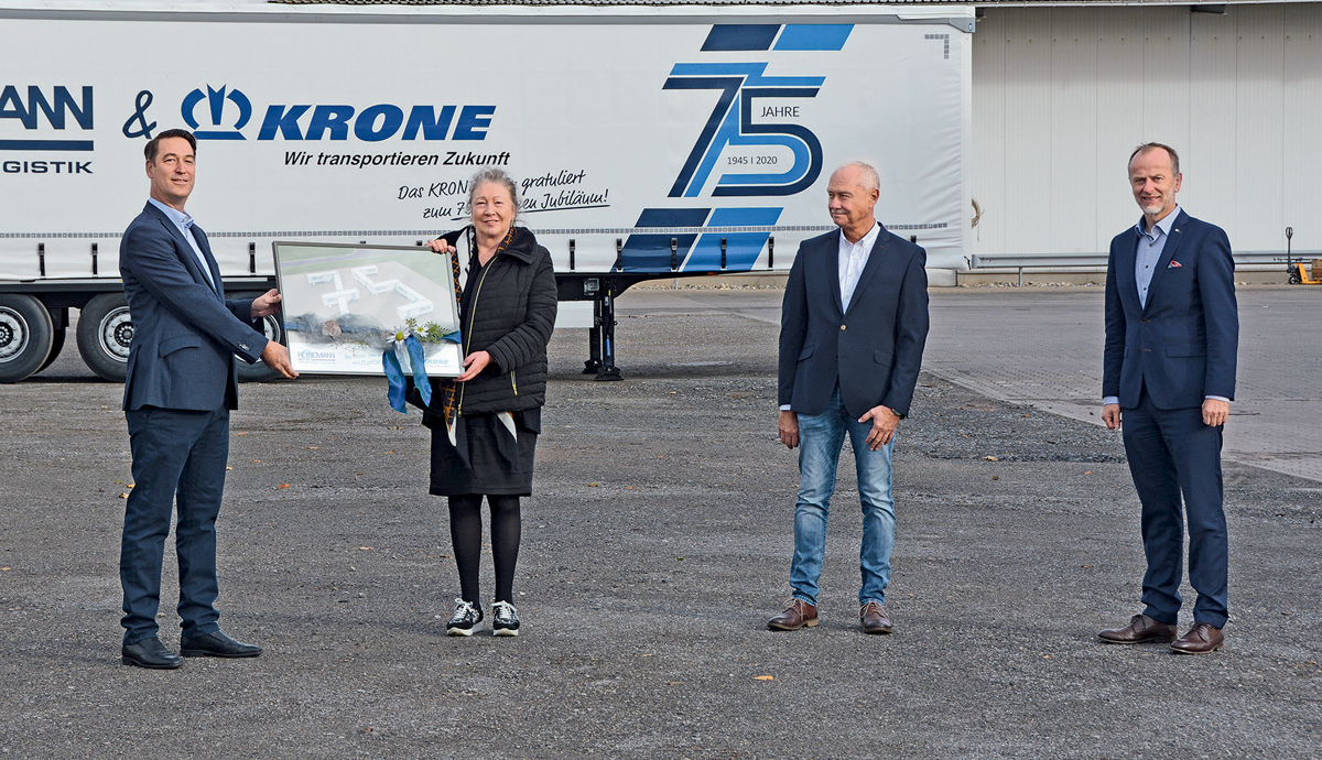 The Heinemann company has been successful on the market for 75 years in 2020. Fahrzeugwerk Krone is 25 years younger: Heinemann was one of the first customers on the order books.