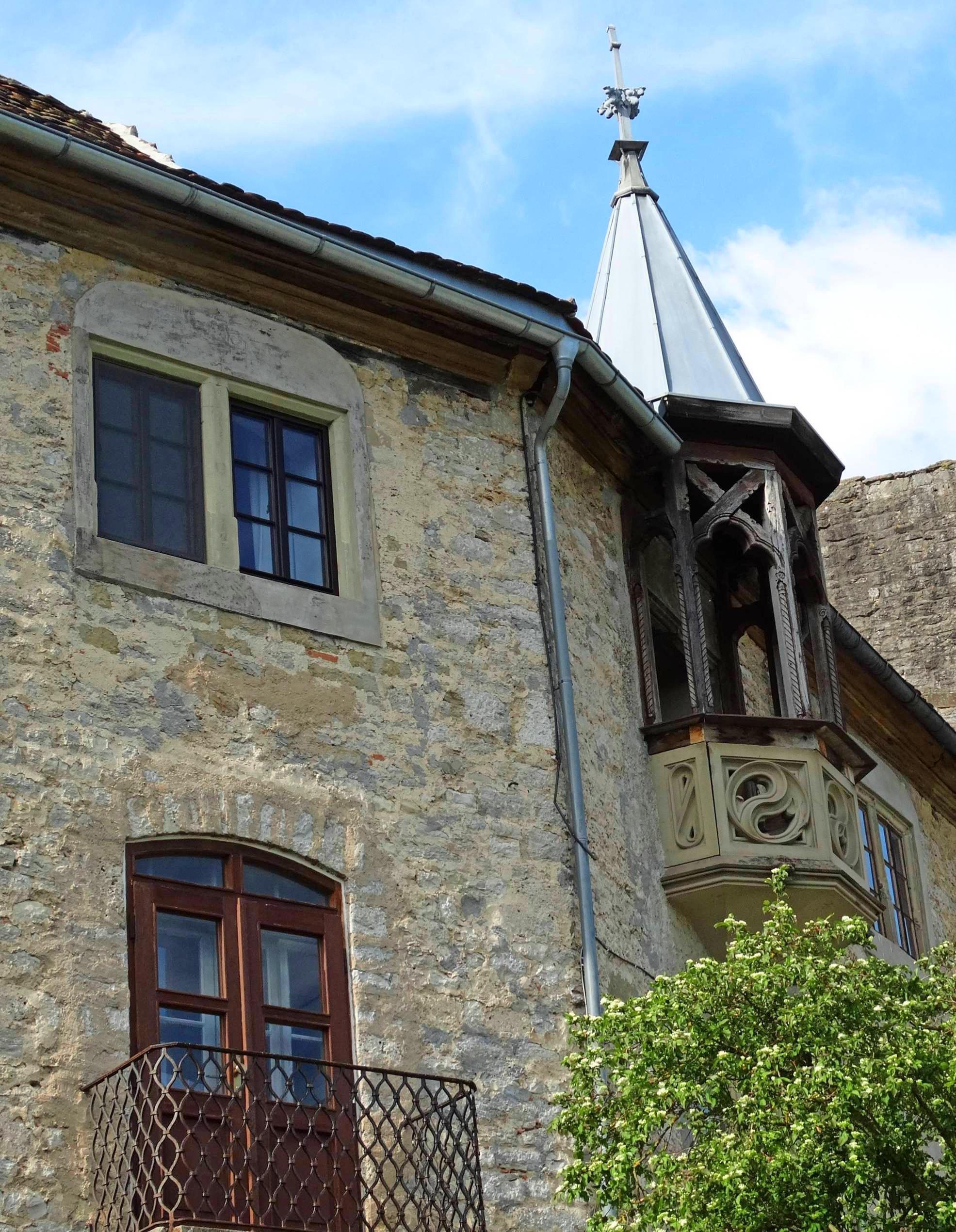 Burg Krautheim erlangte durch die Figur des Götz literarische Bekanntheit.