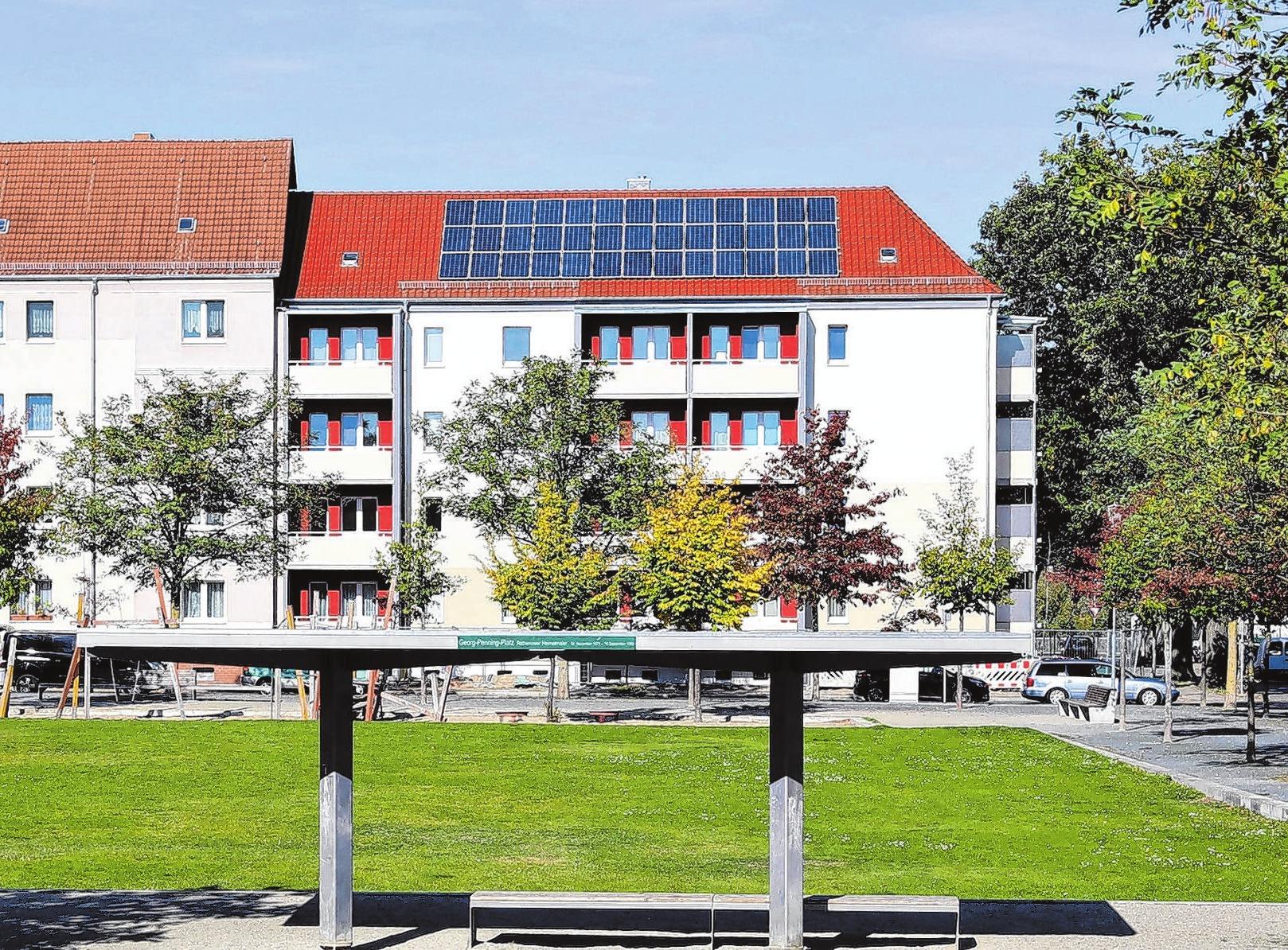 Die Kommunale Wohnungsbaugesellschaft Rathenow (KWR) sanierte die Potsdamer Straße 7/8. Foto: Archiv/Weber