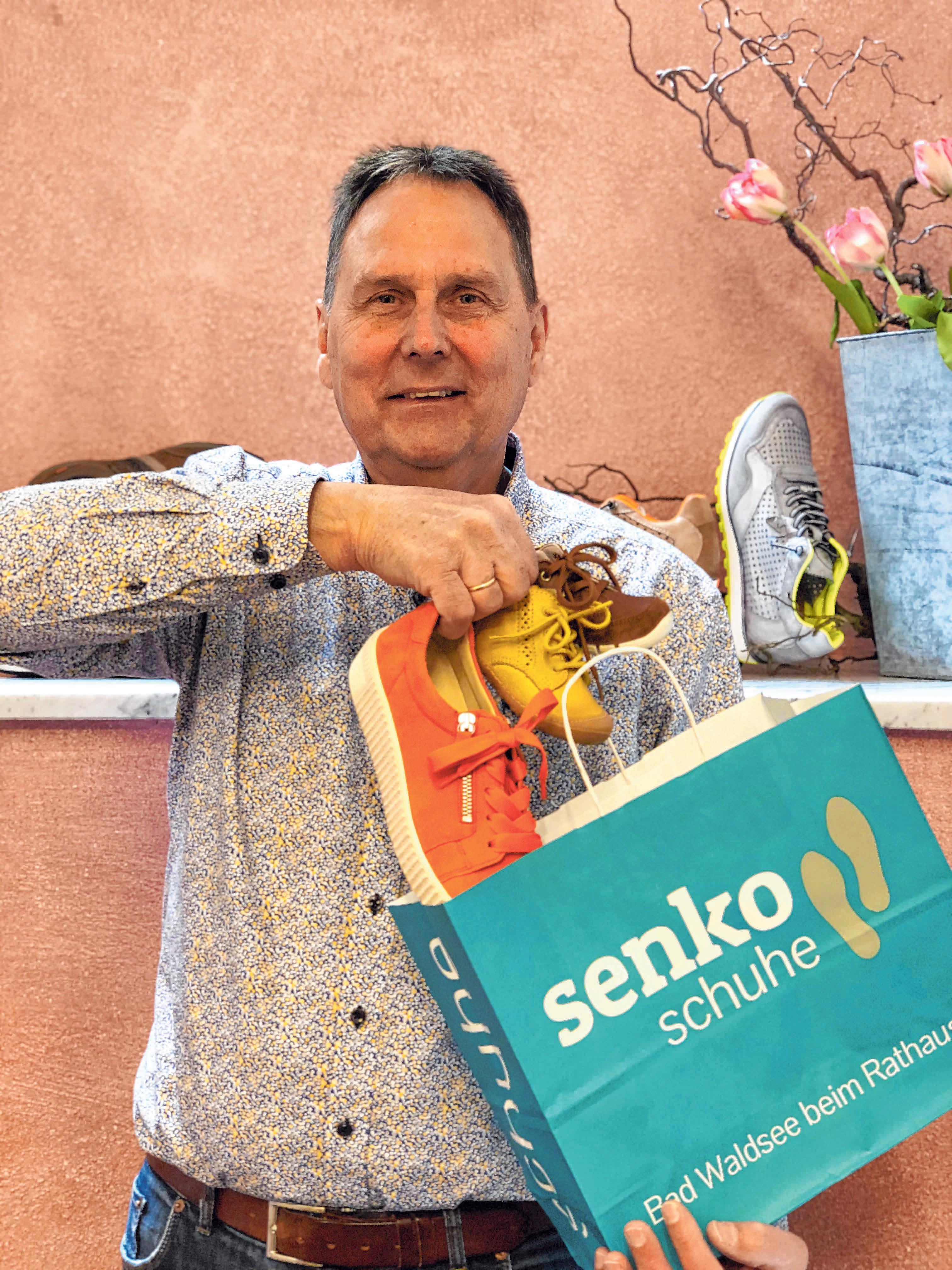 Senko Schuhe liefert auch aus. Foto: Senko