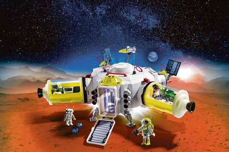 Die große Mars-Station mit Licht- und Soundfunktion ist die Basis der Forscher auf dem roten Planeten. Ihre Module können ausgetauscht und erweitert werden. Foto: djd/Playmobil