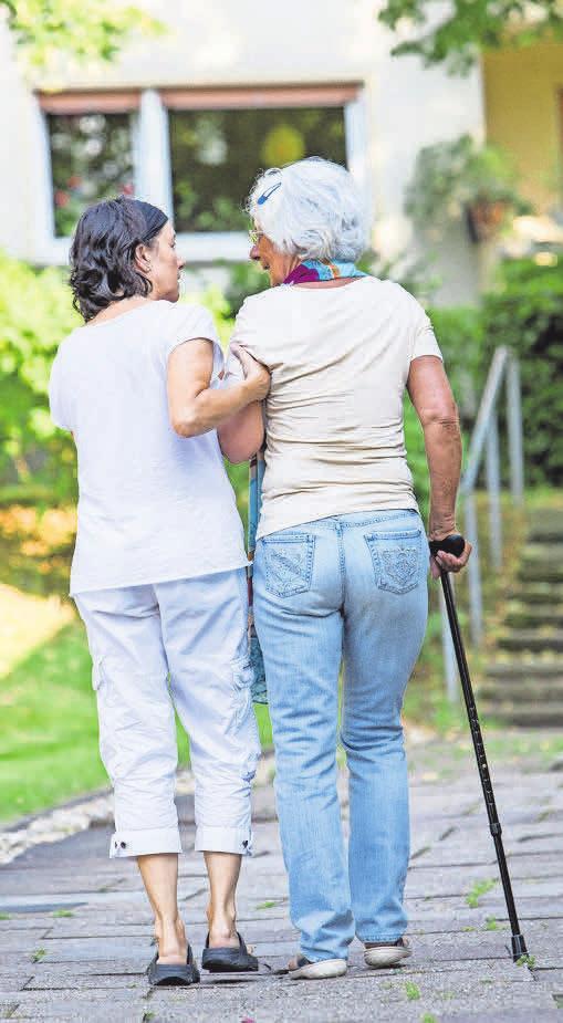 Bei der teilstationären Pflege gibt es eine Tages- und Nachtpflege.