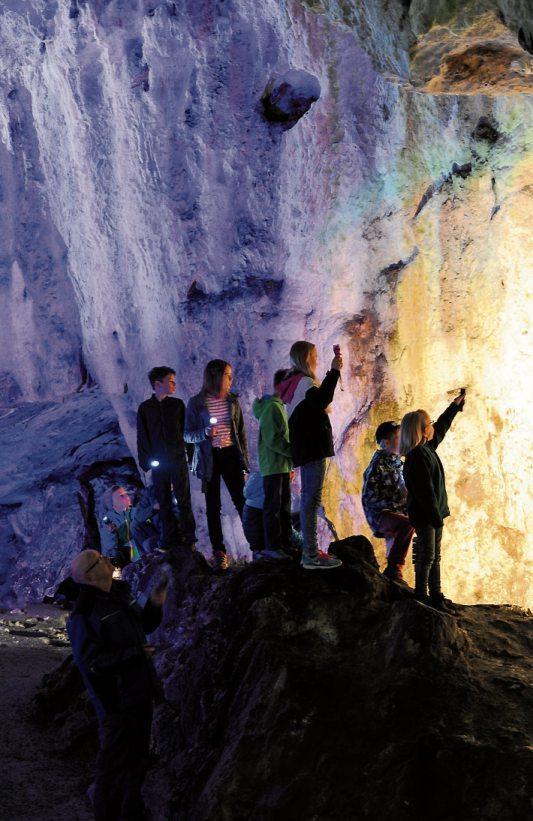 Für kleine Höhlenforscher gibt es eine Höhlenforscherkarte für alle Höhlen die zum UNESCO Geopark Schwäbische Alb gehören.