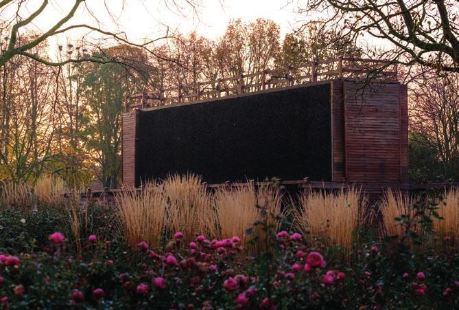 Tief durchatmen – das empfiehlt sich im Gradierwerk des Kurparks Xanten. Foto: Christoph van Leyen
