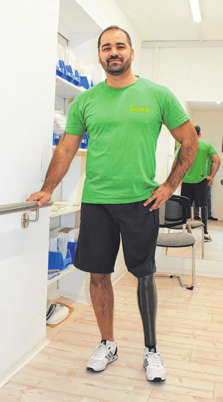 Kazim Yildirim trägt selbst eine Endo-Exo-Prothese.